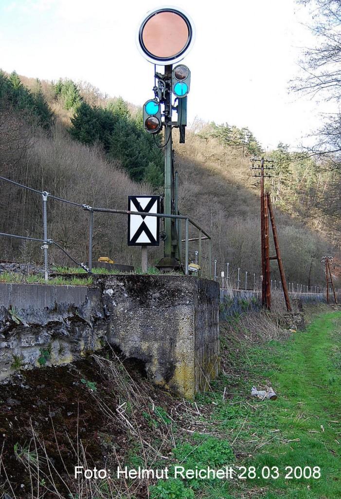 Vorsignal vor Langenauer Tunnel am 28.03.2008 Foto Rt